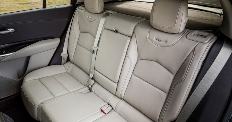 2019-Cadillac-XT4-066