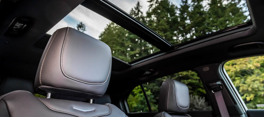 2019-Cadillac-XT4-097