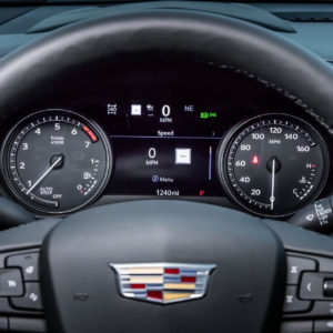 2019-Cadillac-XT4-112